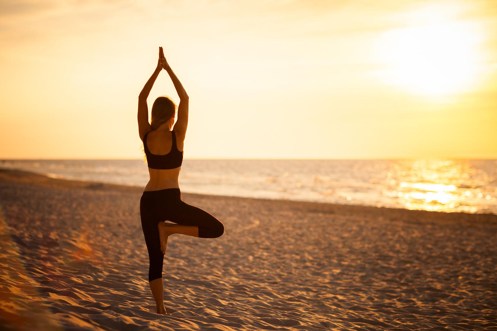 How to Do Tadasana? Mountain Pose Technique & Benefits