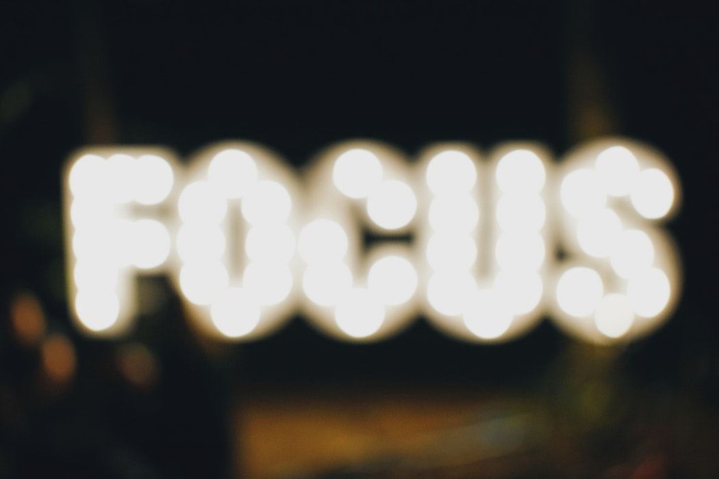 How to Avoid Distraction: 4 Secrets to Achieving Focus